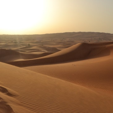 Dubai, 1001 Nacht – Oxident trifft Orient ﻕﺭﺵﻡﻝﺍ ﺕﻥﻱﺩﻱﺱﻙﻭﺃ ﻉﻡﺕﺝﺕﻭ
